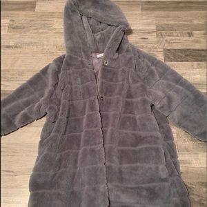 Jackets & Blazers - NWOT super soft coat💕